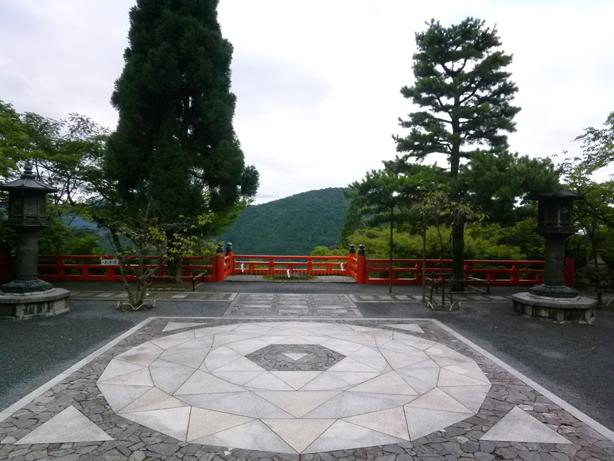 宇宙とつながる!?京都パワースポットの旅(鞍馬寺・貴船神社など)