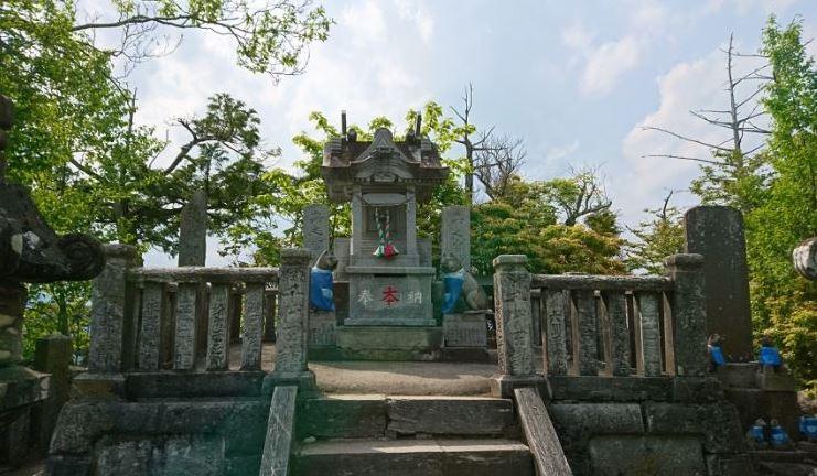 三峯神社の奥宮まで登山してみました!