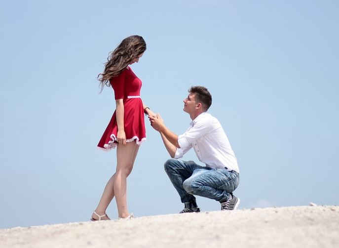 恋愛に自信がない男性は、同世代の女性を選ぶべし!