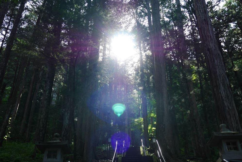 神聖度ベスト3に入る神社(御嶽山神社里宮)