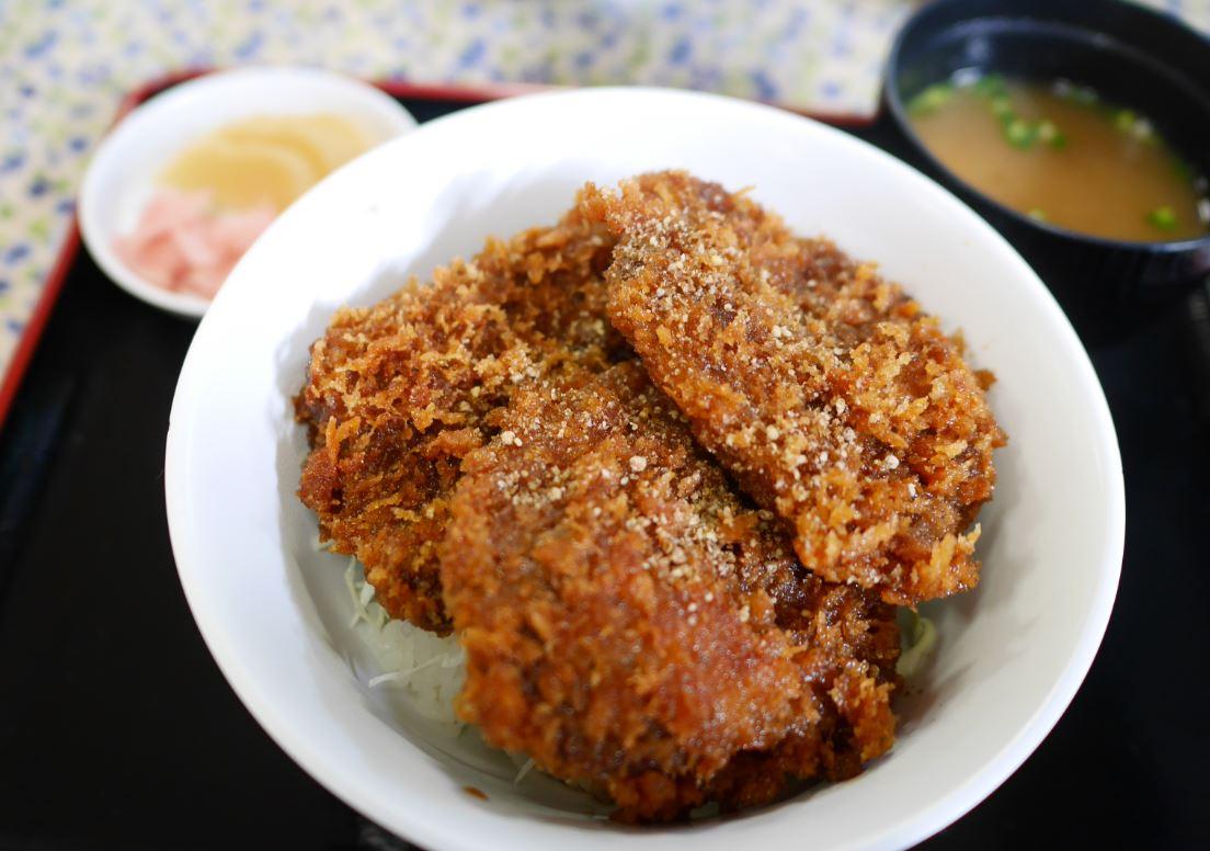 三峯神社の噂のパワーフードを食べてみた!